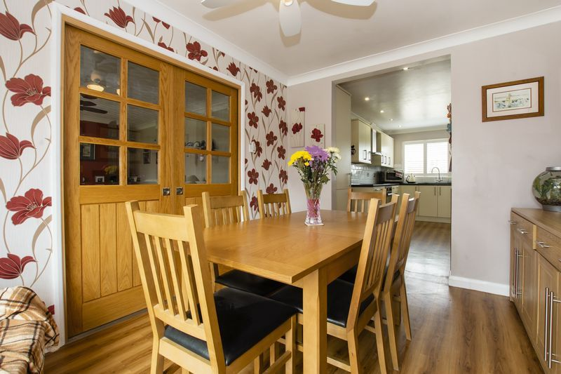 4 bed house for sale in Beauvoir Place 5