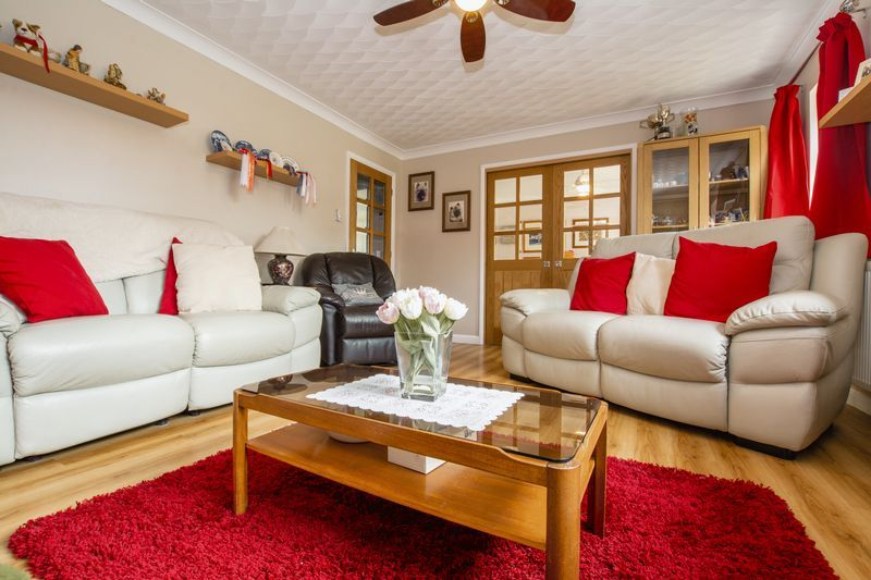 4 bed house for sale in Beauvoir Place 7