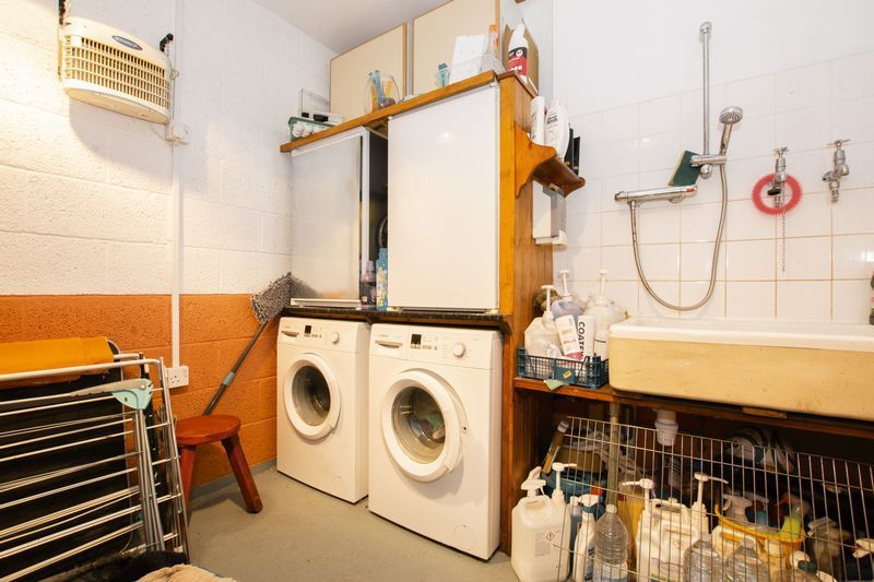4 bed house for sale in Beauvoir Place  - Property Image 10