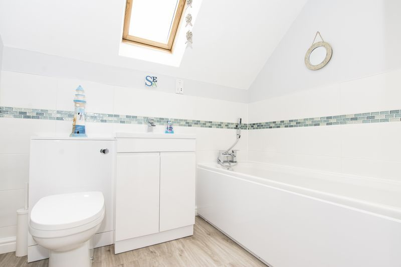 6 bed house for sale in Ferndale  - Property Image 21
