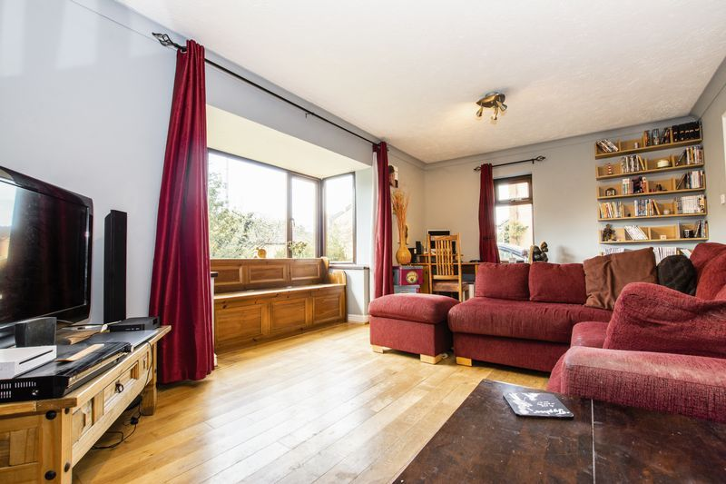 3 bed house for sale in Rothwell Way  - Property Image 1