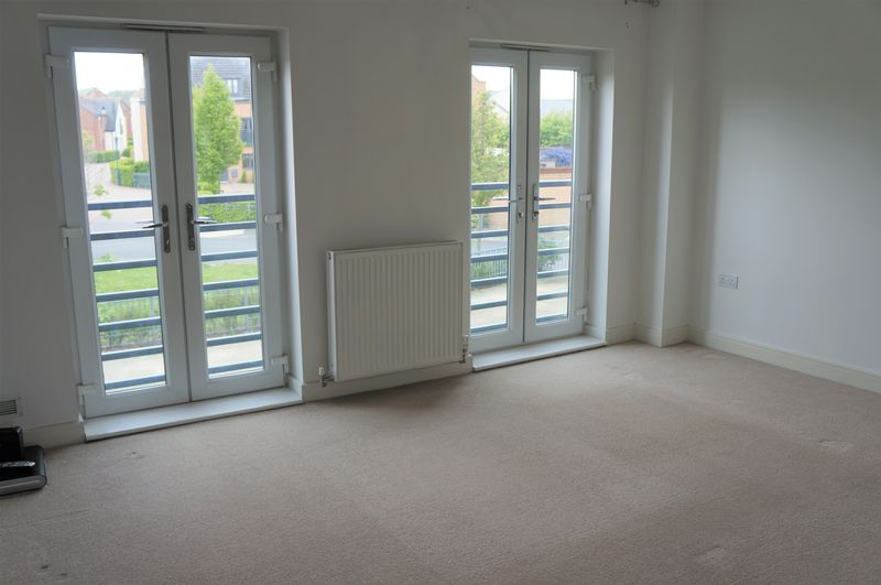 3 bed house to rent in Farrow Avenue 2