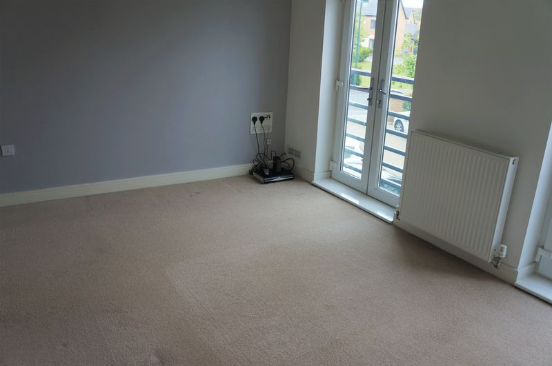 3 bed house to rent in Farrow Avenue 3