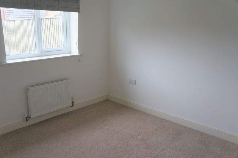3 bed house to rent in Farrow Avenue 5