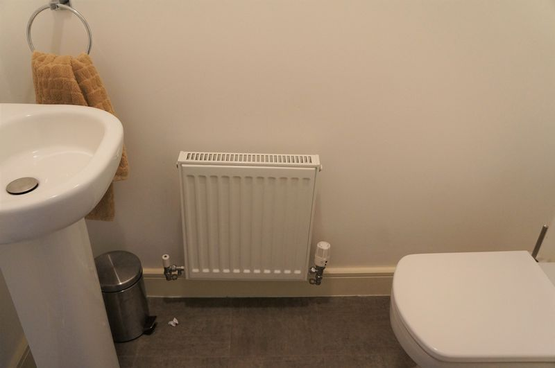 3 bed house to rent in Farrow Avenue 6