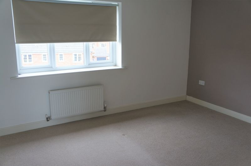 3 bed house to rent in Farrow Avenue 7