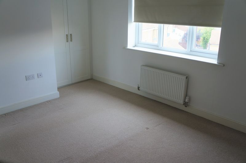 3 bed house to rent in Farrow Avenue 8