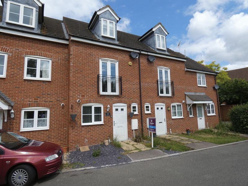 3 bed house to rent in Redshank Way, PE7