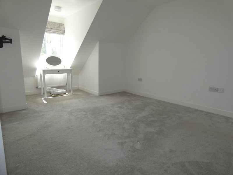 3 bed house to rent in Redshank Way  - Property Image 12