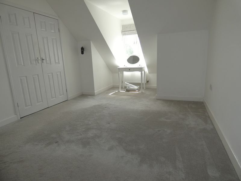 3 bed house to rent in Redshank Way  - Property Image 10