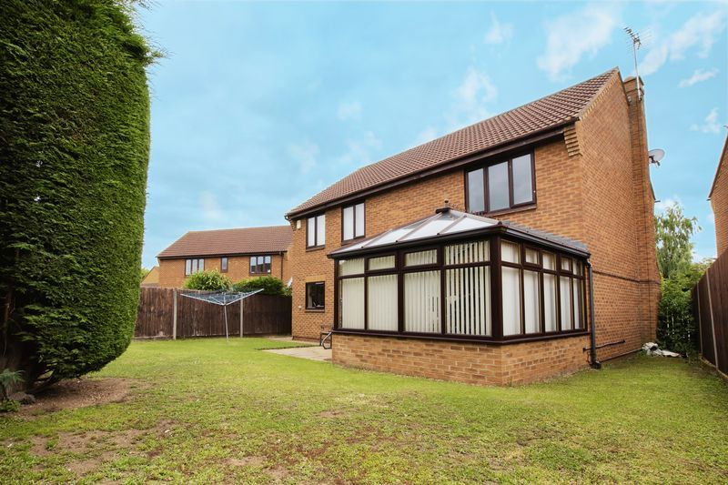 5 bed house for sale in Barkston Drive 11