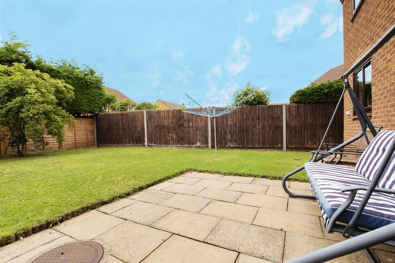 5 bed house for sale in Barkston Drive 19