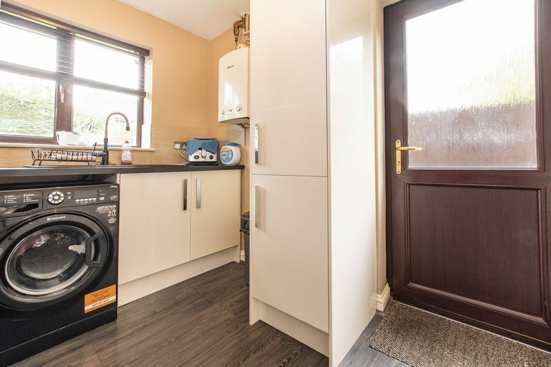 5 bed house for sale in Barkston Drive  - Property Image 7