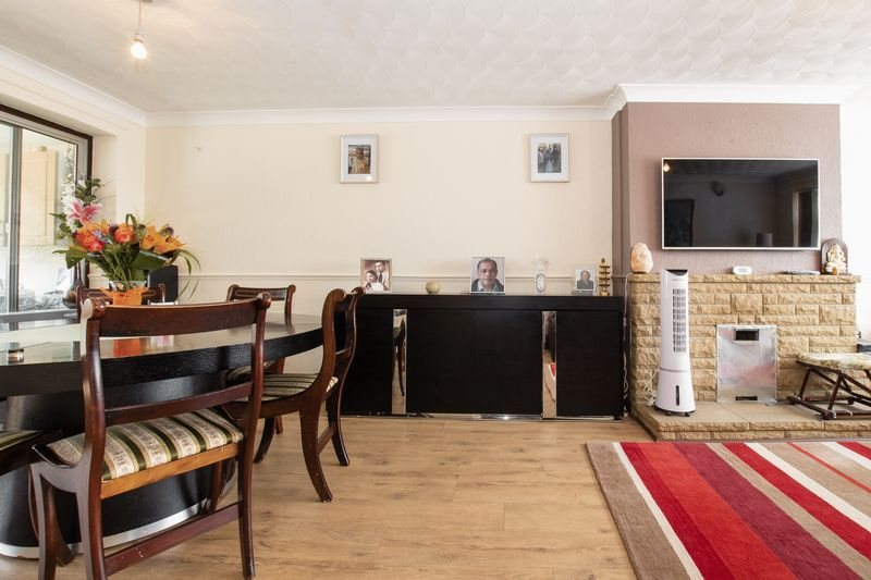 3 bed  for sale in Highfield Walk 4