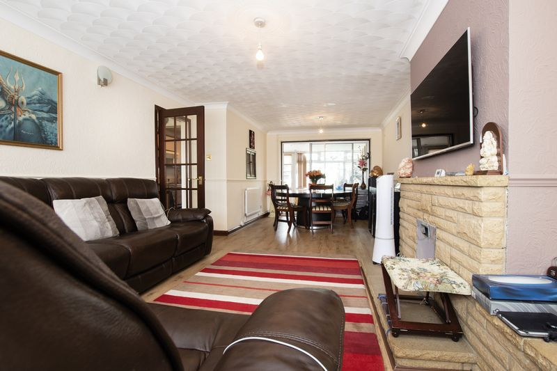 3 bed  for sale in Highfield Walk 5