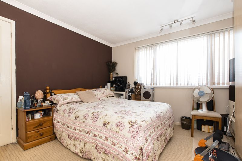3 bed  for sale in Highfield Walk 10