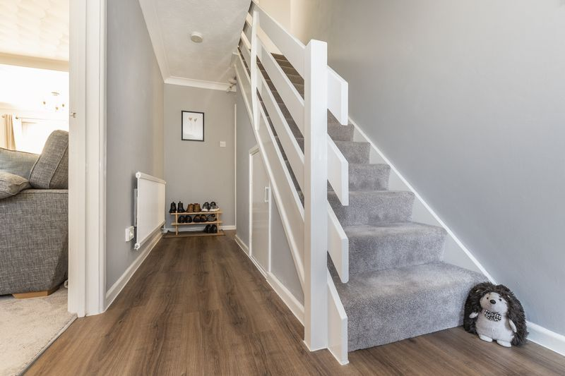 4 bed house for sale in Dunsberry  - Property Image 10