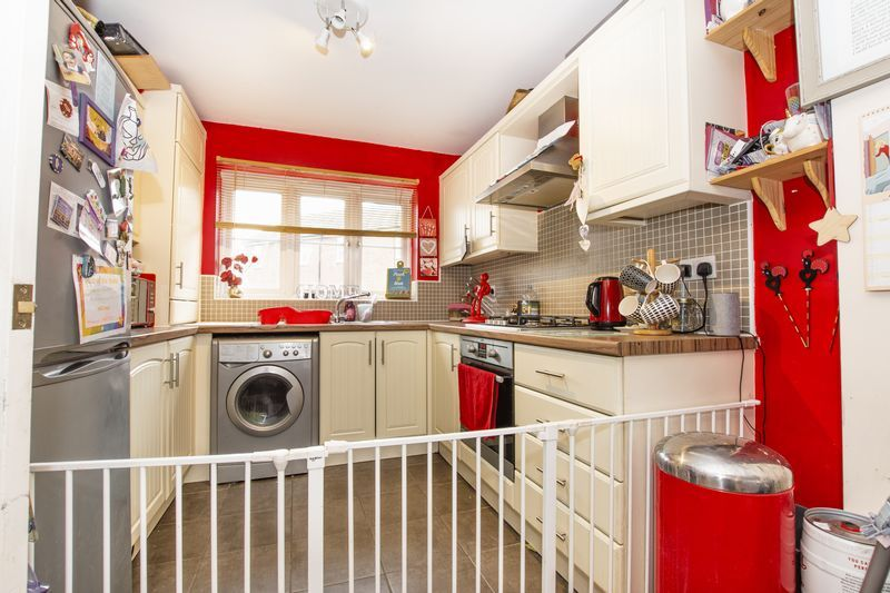 3 bed house to rent in Tempestes Way  - Property Image 3