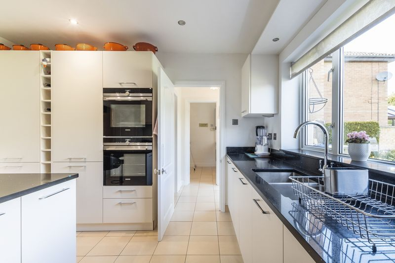 6 bed house for sale in Nursery Gardens 3