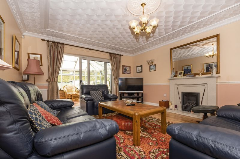 6 bed house for sale in Nursery Gardens 5