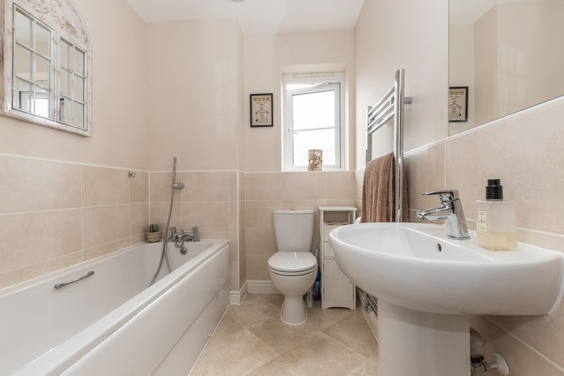 3 bed house for sale in Sandleford Drive  - Property Image 15