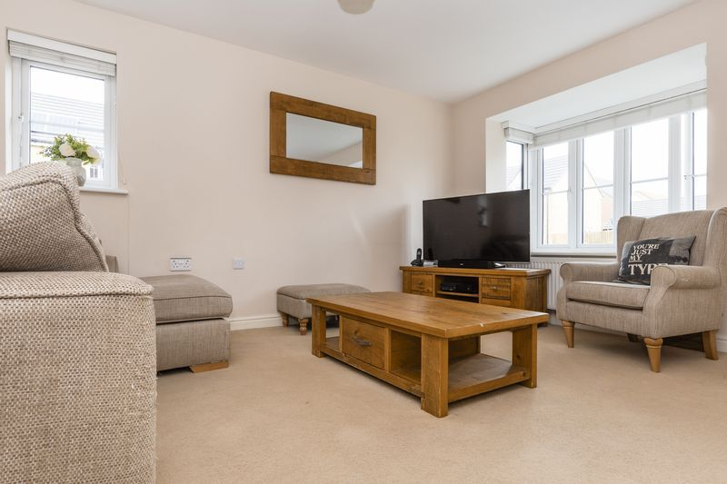 3 bed house for sale in Sandleford Drive  - Property Image 8