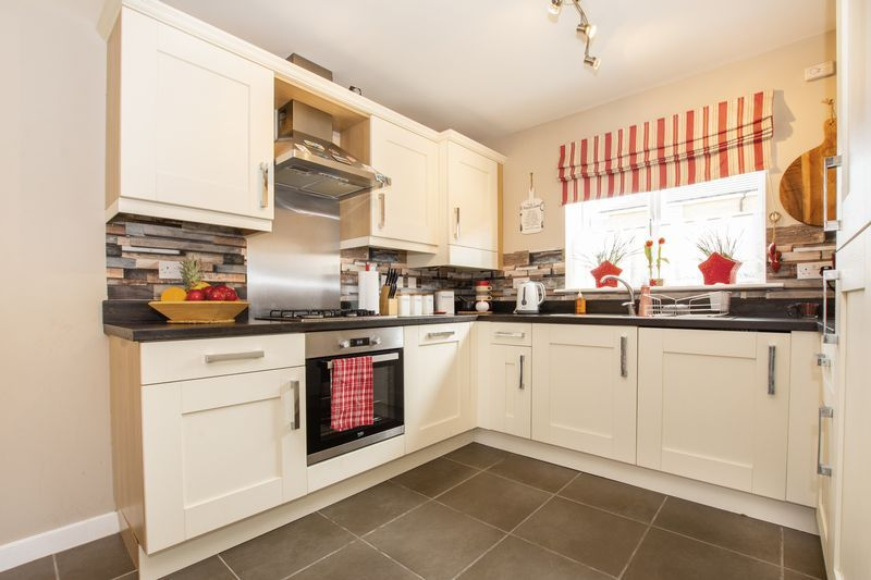 3 bed house to rent in Hercules Way  - Property Image 4