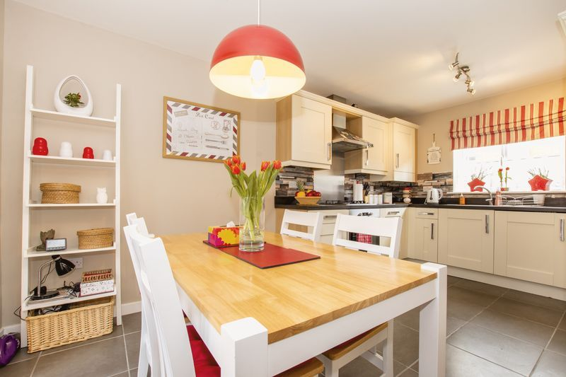 3 bed house to rent in Hercules Way  - Property Image 5
