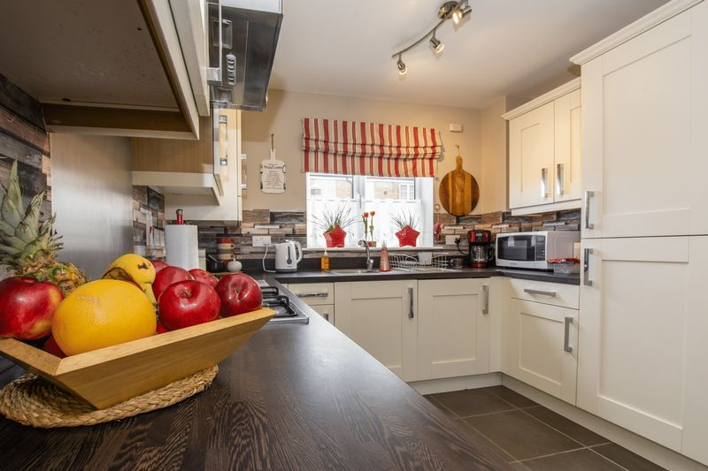3 bed house to rent in Hercules Way  - Property Image 6