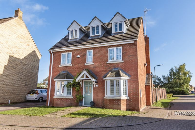 5 bed house for sale in Vokes Street  - Property Image 2