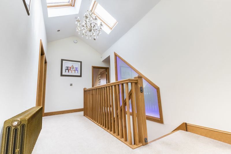 5 bed house for sale in Mount Pleasant  - Property Image 18