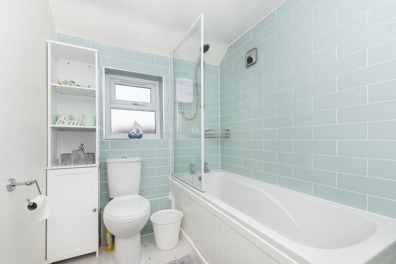 2 bed house for sale in Stonald Road  - Property Image 13