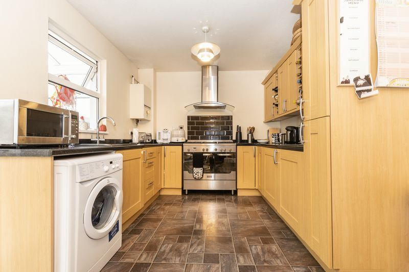 3 bed house for sale in Middle Pasture 5