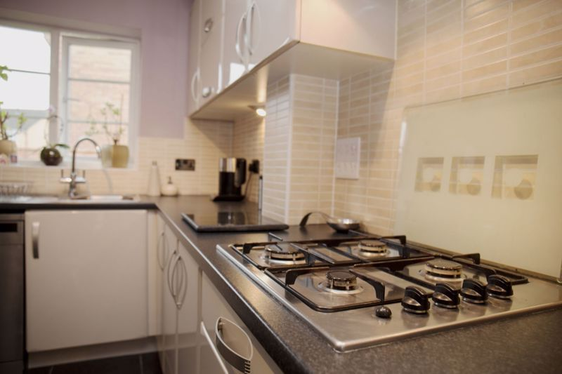 4 bed house for sale in Turnpike Road  - Property Image 7